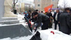 Митинг в сквере Защитников Отечества